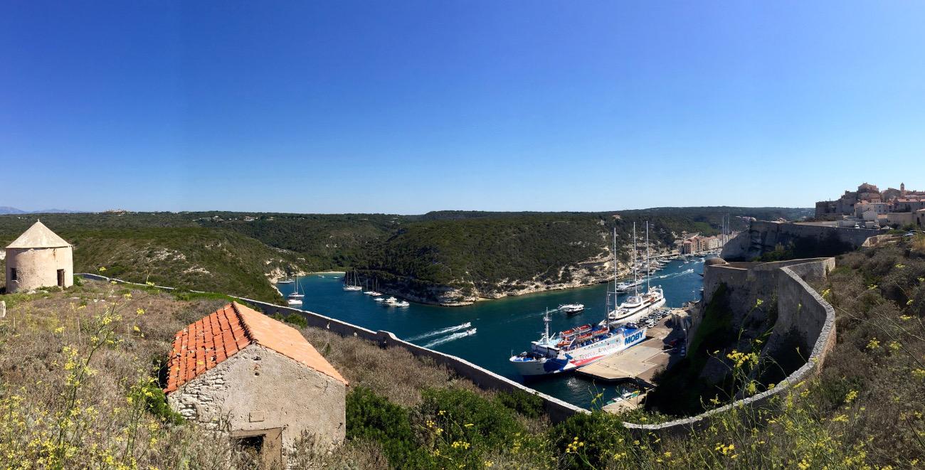 Port de Bonifacio vu de la Haute-ville