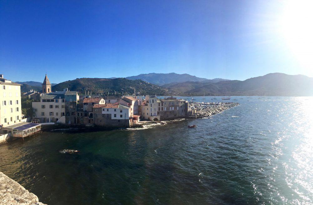 Vue de la Citadelle de St Florent en Corse