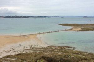 Passage pour l'île du Grand Bé à Saint-Malo