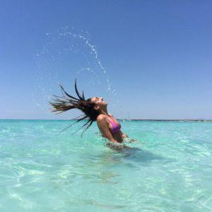 @bronzeandbriny dans l'eau