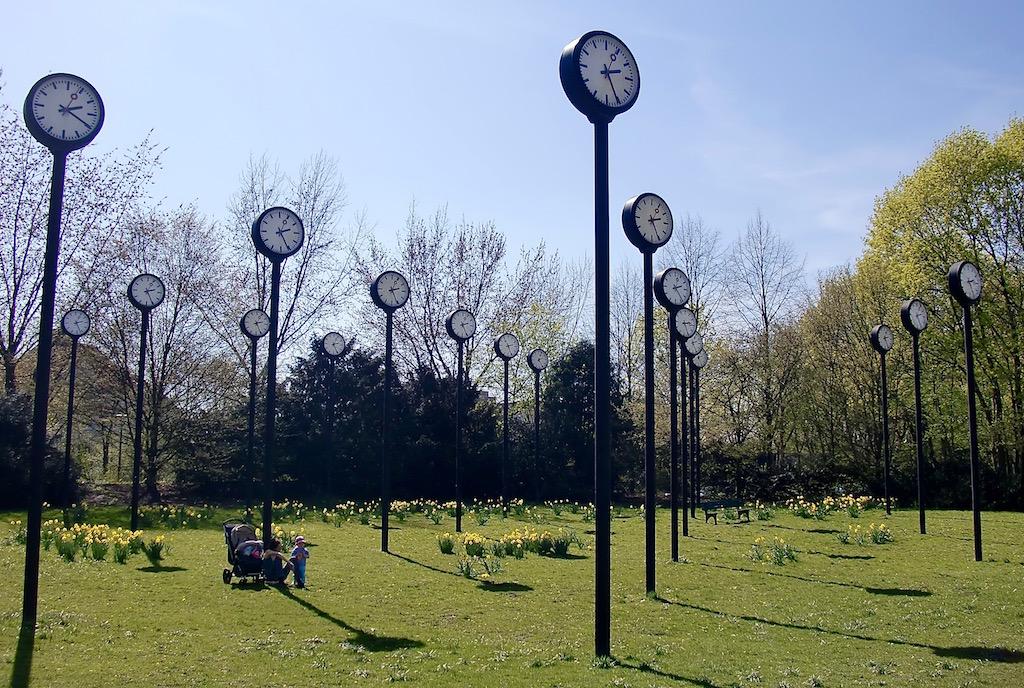 La Zeitfeld dans le parc Volksgarten