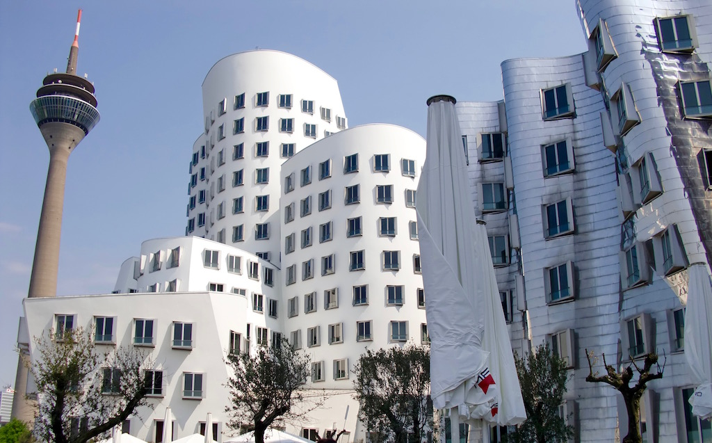 Le Neue Zollhof de Franck Gehry