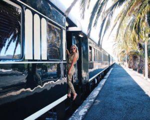 @thebelleabroad dans un train