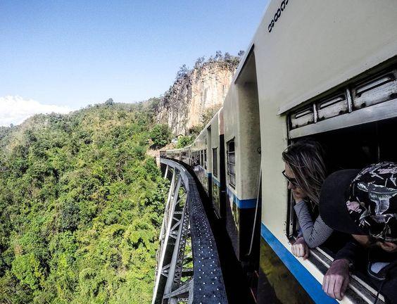 @chaptertravel par la fenêtre d'un train