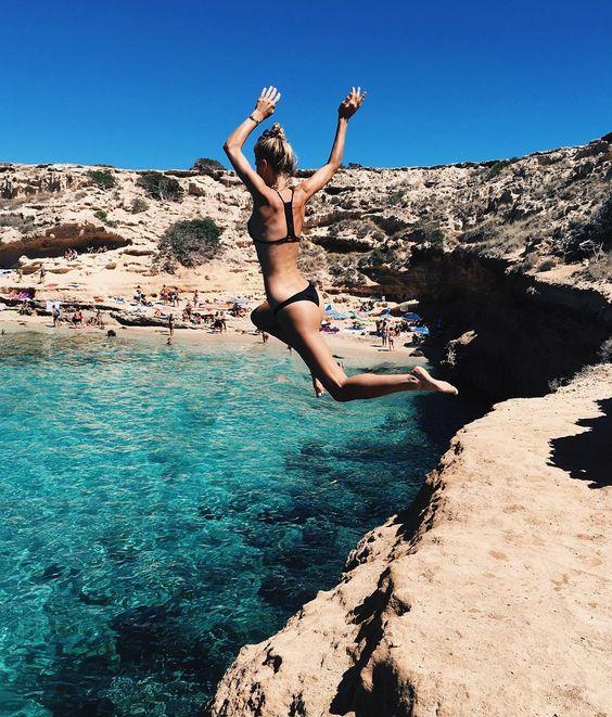 @debiflue saute dans l'eau