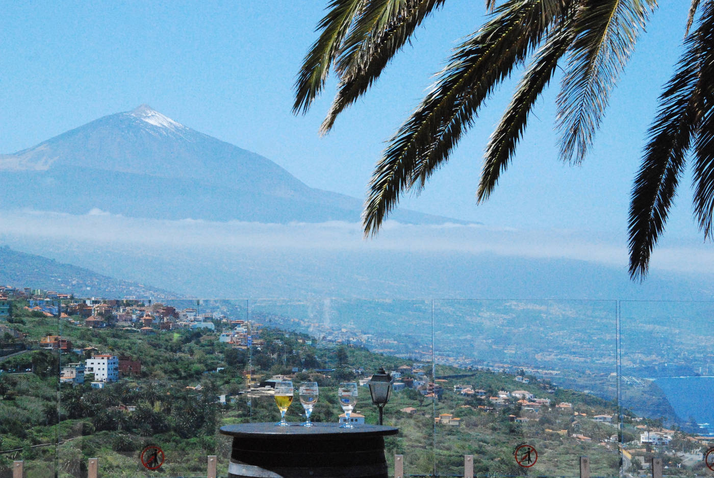Vue sur le volcan El Teide, à la Casa del Vino à Tenerife