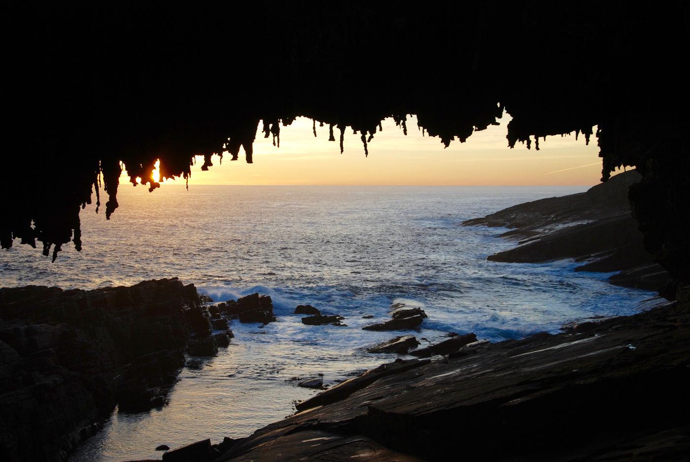 Coucher de soleil à Admiral Arch sur l'île kangourou