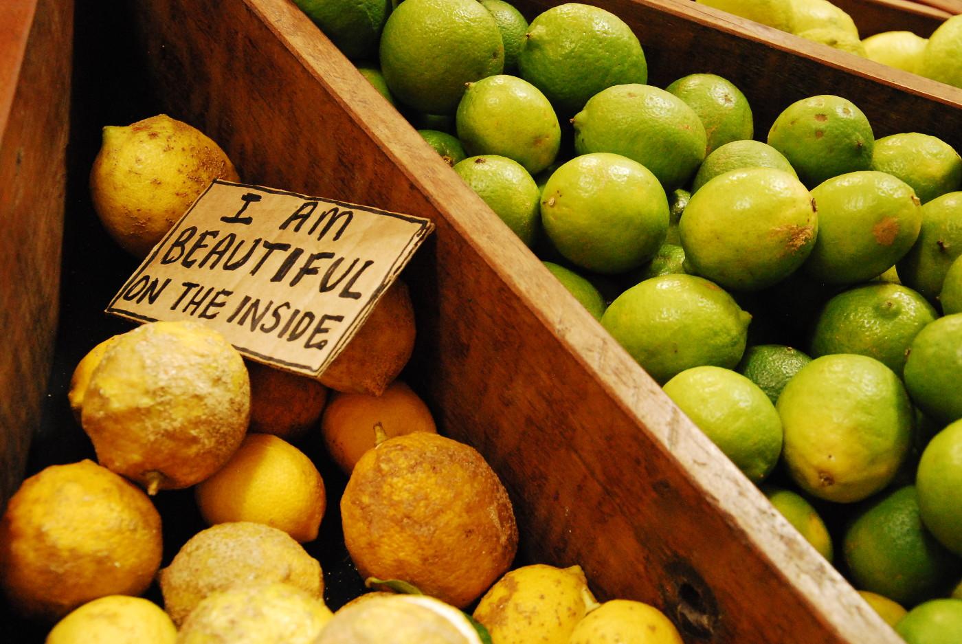 Santos Organics fruits