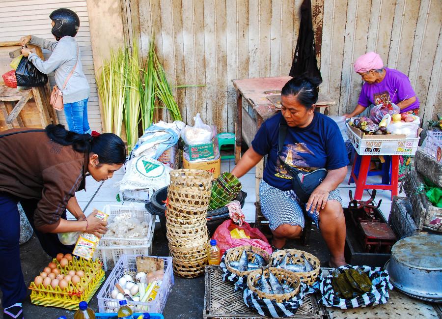 Faire le marché central d'Ubud à Bali